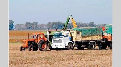 Reclaman aumentos de tarifas para el transporte de cereales